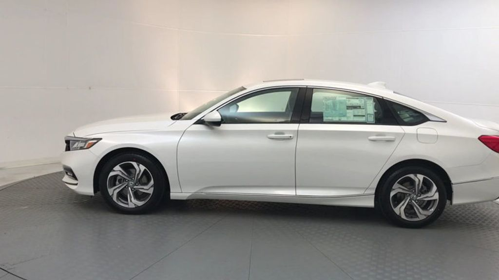 2018 Honda Accord Sedan EX CVT - 17634229 - 4
