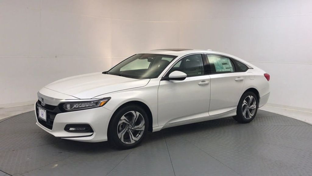 2018 Honda Accord Sedan EX CVT - 17634231 - 3