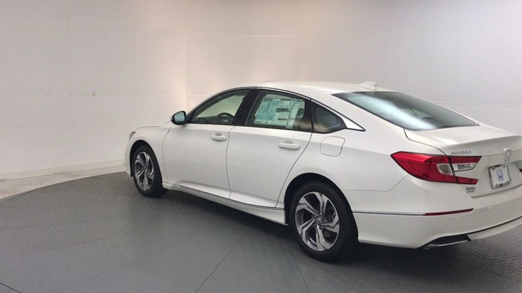 2018 Honda Accord Sedan EX CVT - 17634231 - 5