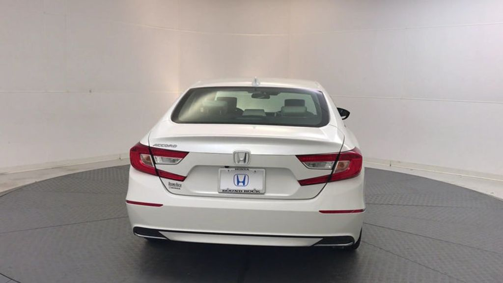 2018 Honda Accord Sedan EX CVT - 17634231 - 6