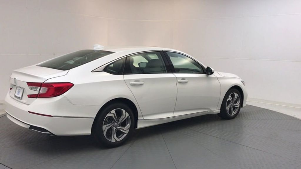 2018 Honda Accord Sedan EX CVT - 17634231 - 7