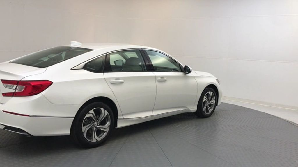 2018 Honda Accord Sedan EX CVT - 17708212 - 7