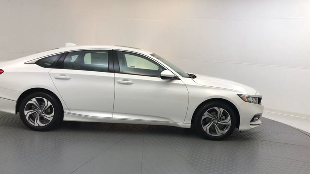 2018 Honda Accord Sedan EX CVT - 17708212 - 8