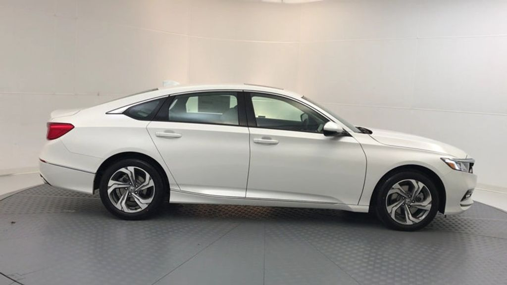 2018 Honda Accord Sedan EX-L 2.0T Automatic - 17225949 - 8