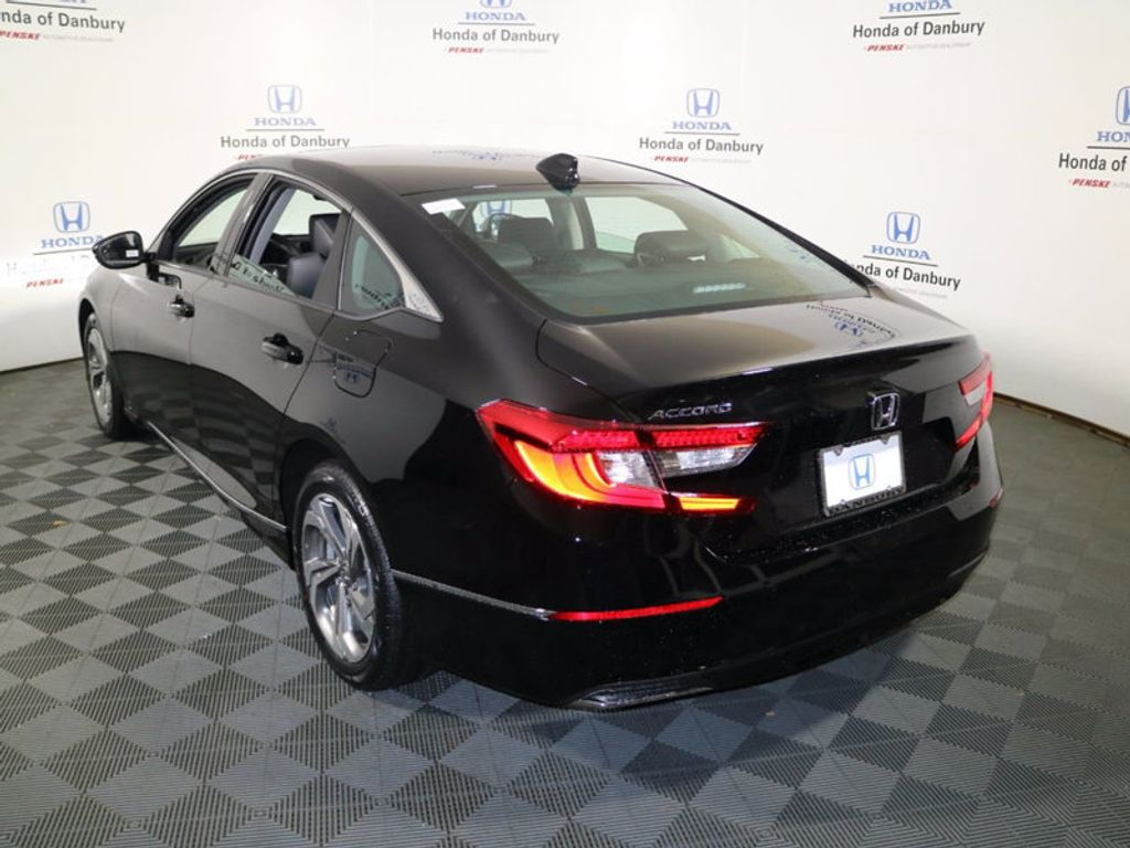 2018 Honda Accord Sedan EX-L CVT - 17062673 - 4