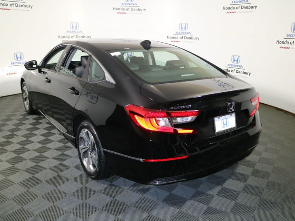 2018 Honda Accord Sedan EX-L CVT - 17318269 - 4