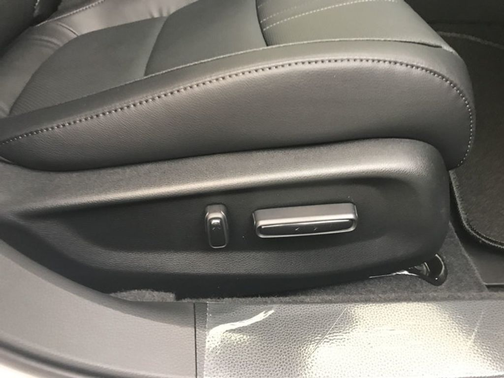 2018 Honda Accord Sedan EX-L CVT - 17535642 - 30