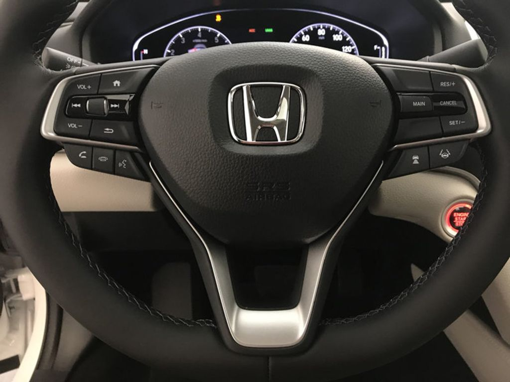 2018 Honda Accord Sedan EX-L CVT - 17776171 - 31