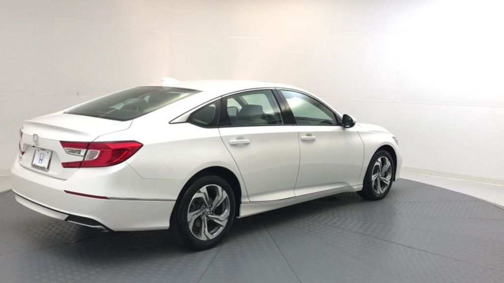 2018 Honda Accord Sedan EX-L CVT - 17776171 - 7
