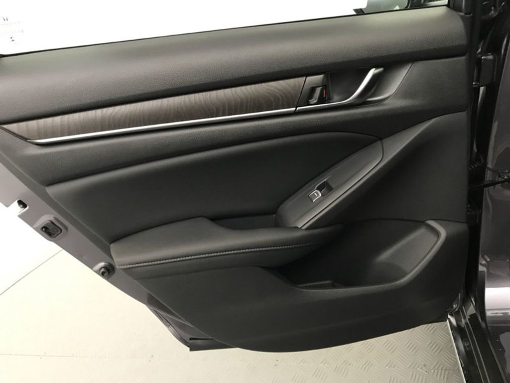 2018 Honda Accord Sedan EX-L CVT - 17812266 - 21