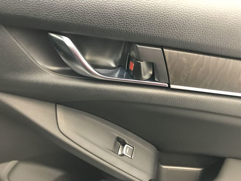 2018 Honda Accord Sedan EX-L CVT - 17812266 - 25