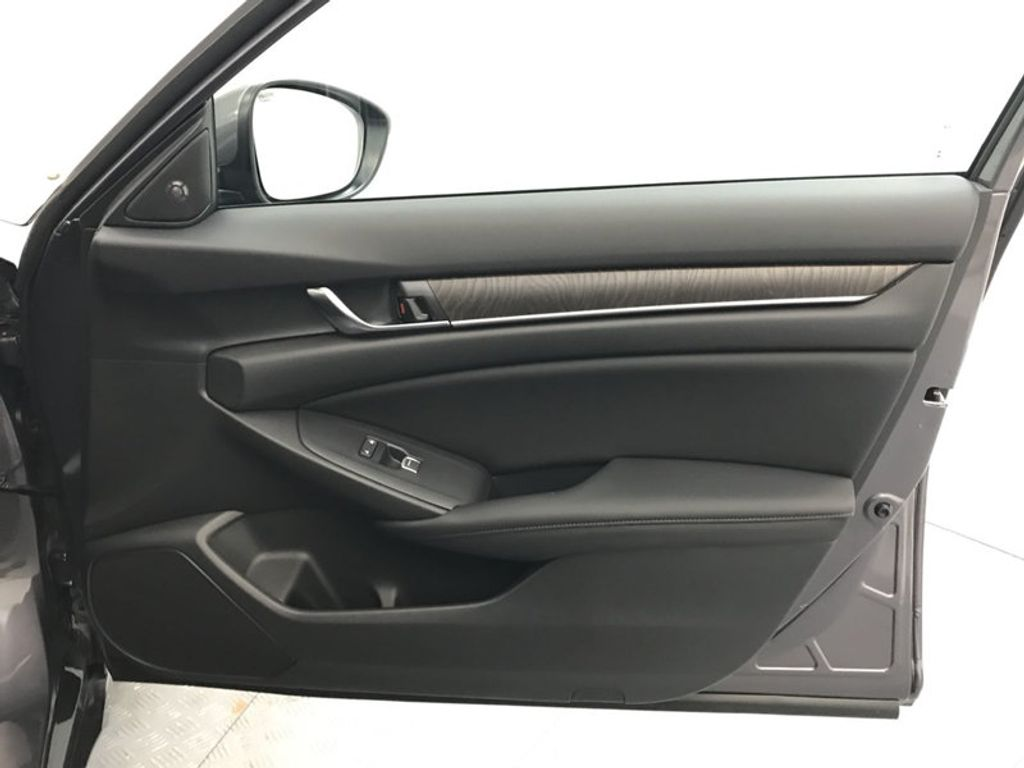 2018 Honda Accord Sedan EX-L CVT - 17812266 - 27