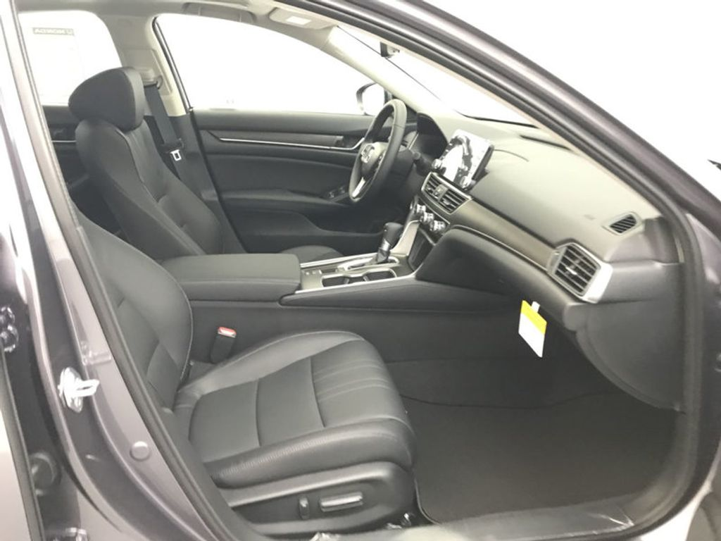 2018 Honda Accord Sedan EX-L CVT - 17812266 - 29