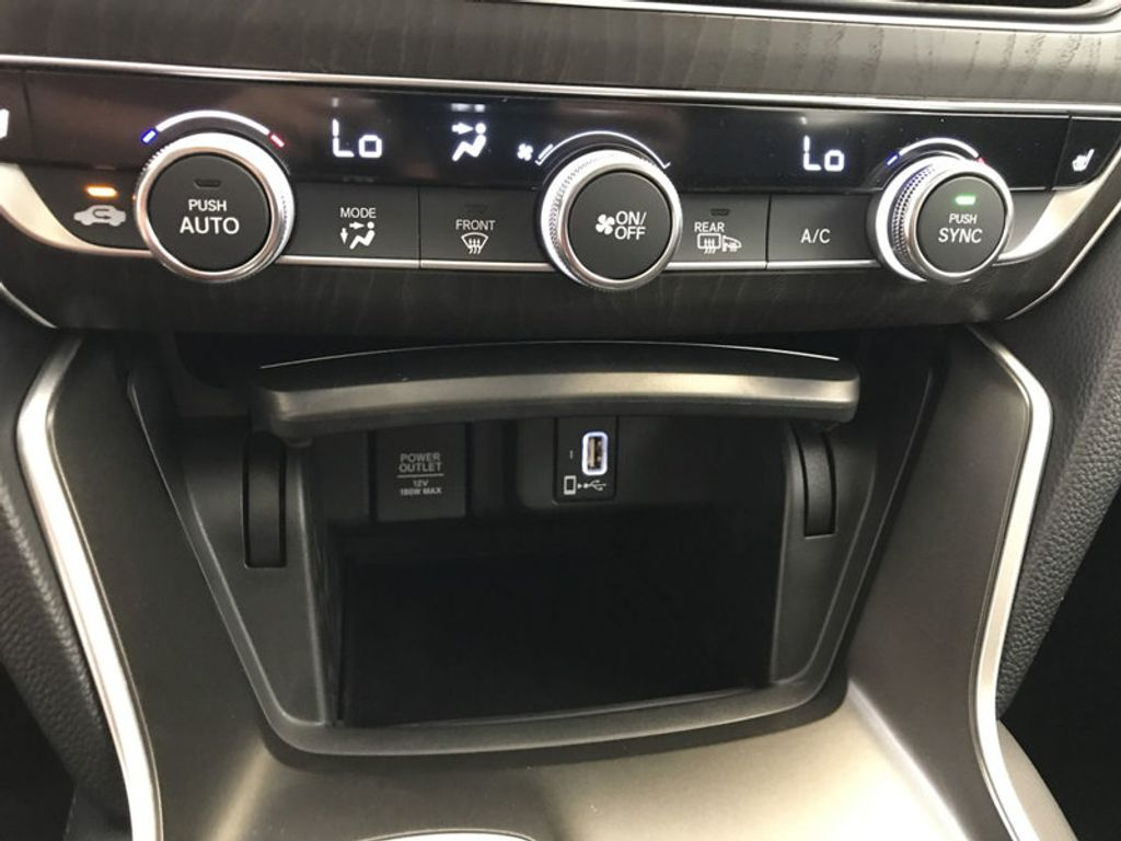 2018 Honda Accord Sedan EX-L CVT - 17812266 - 35