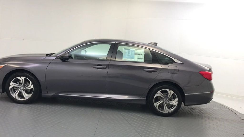 2018 Honda Accord Sedan EX-L CVT - 17812266 - 4