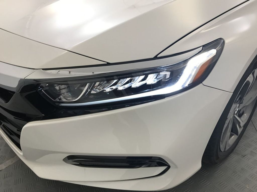2018 Honda Accord Sedan EX-L Navi CVT - 17576071 - 9