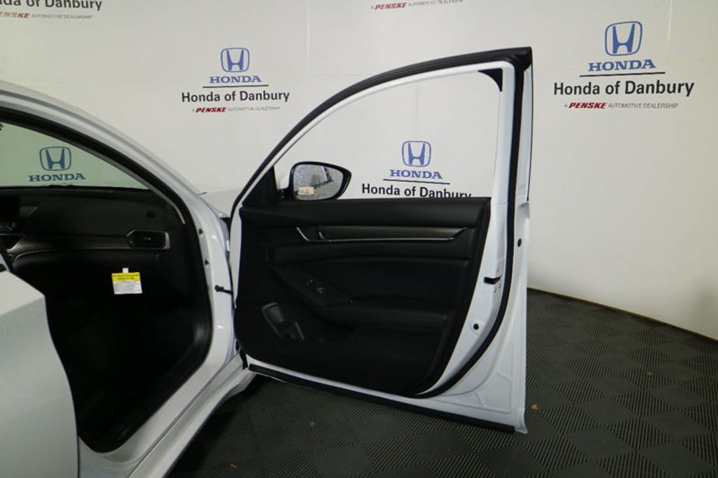 2018 Honda Accord Sedan LX CVT - 17151065 - 8
