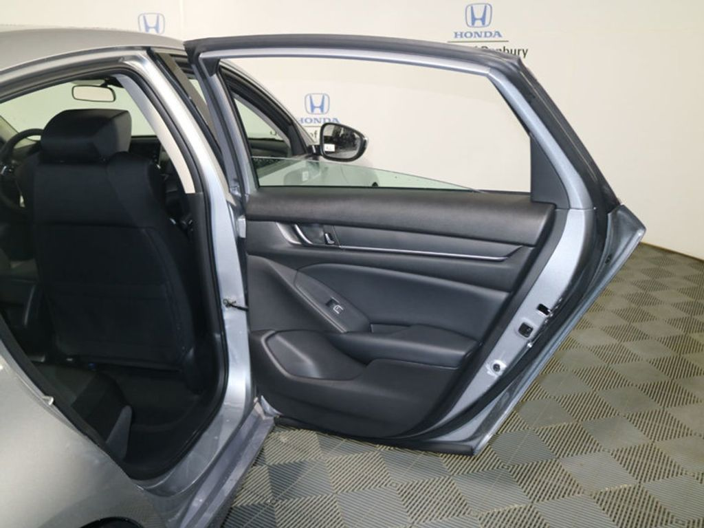 2018 Honda Accord Sedan LX CVT - 17233225 - 9