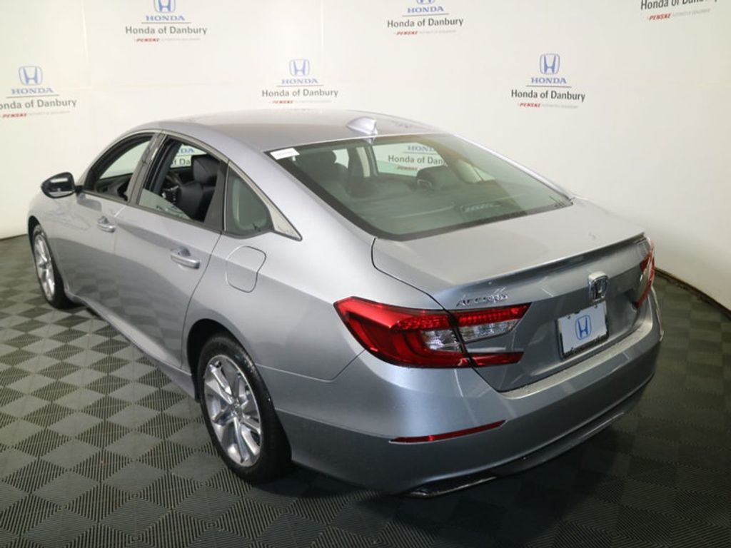2018 Honda Accord Sedan LX CVT - 17233225 - 4