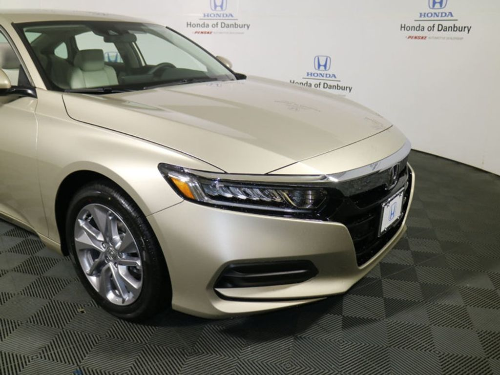 2018 Honda Accord Sedan LX CVT - 17432369 - 1