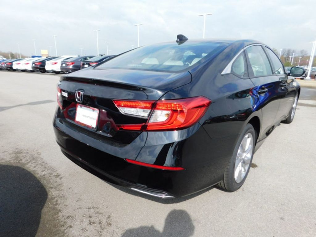 2018 Honda Accord Sedan LX CVT - 17503633 - 2