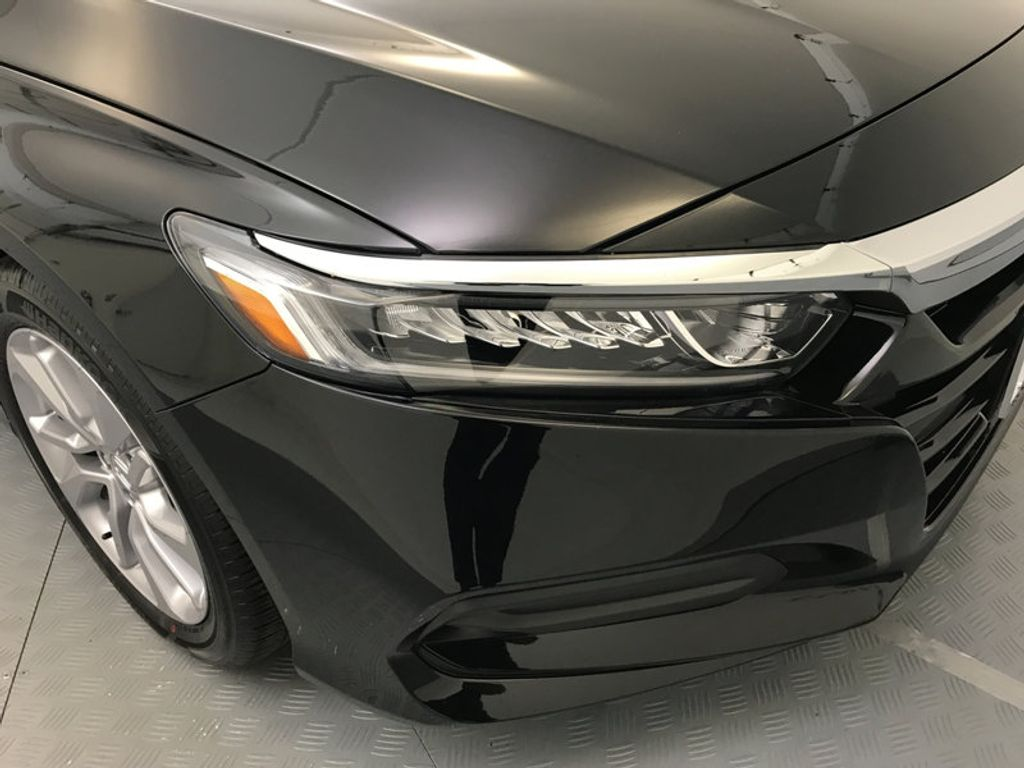 2018 Honda Accord Sedan LX CVT - 17079349 - 14
