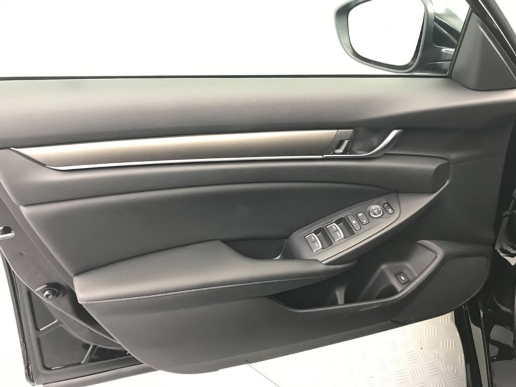 2018 Honda Accord Sedan LX CVT - 17079349 - 17