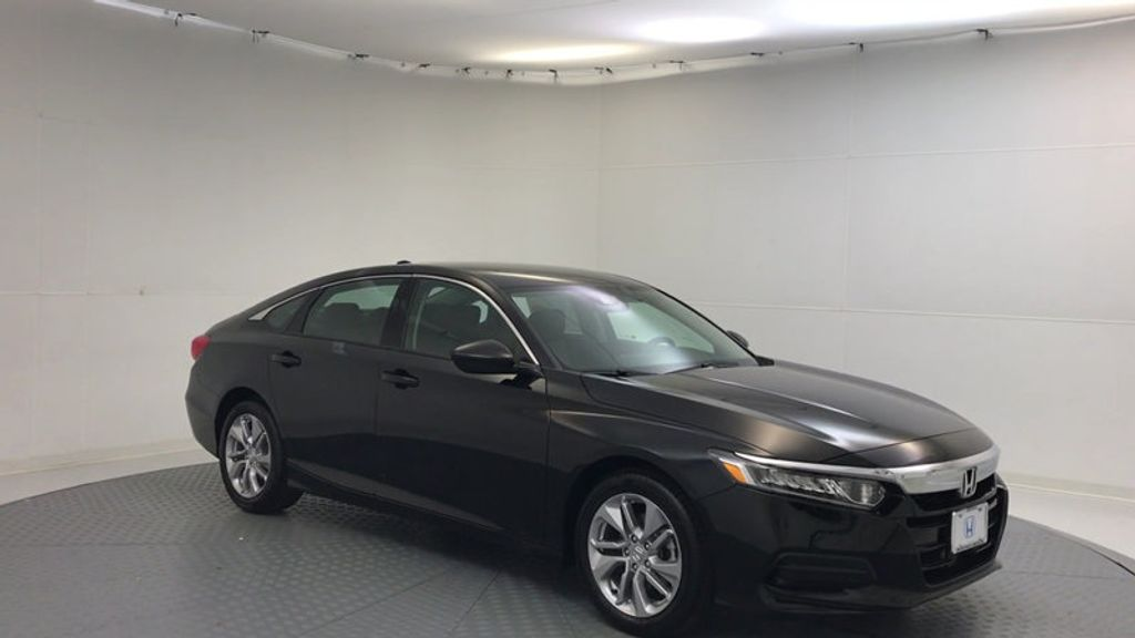 2018 Honda Accord Sedan LX CVT - 17079349 - 1