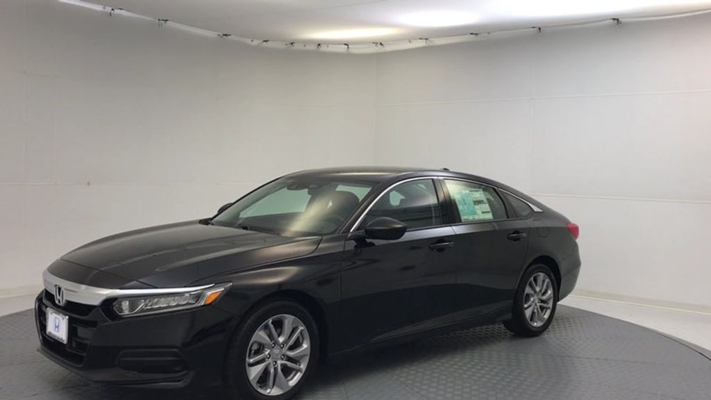 2018 Honda Accord Sedan LX CVT - 17079349 - 3