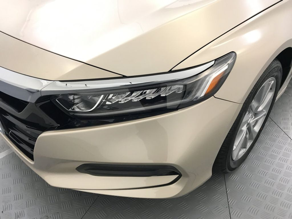 2018 Honda Accord Sedan LX CVT - 17091890 - 9
