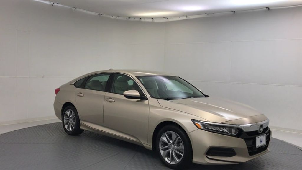 2018 Honda Accord Sedan LX CVT - 17091890 - 1