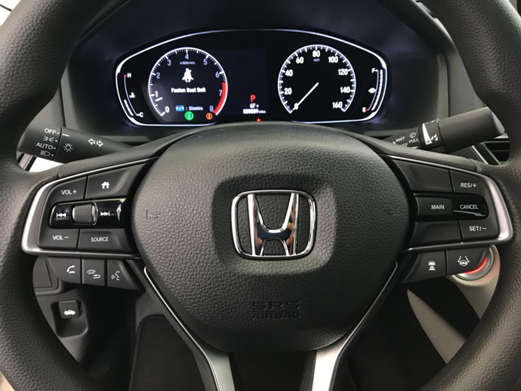 2018 Honda Accord Sedan LX CVT - 17091890 - 31