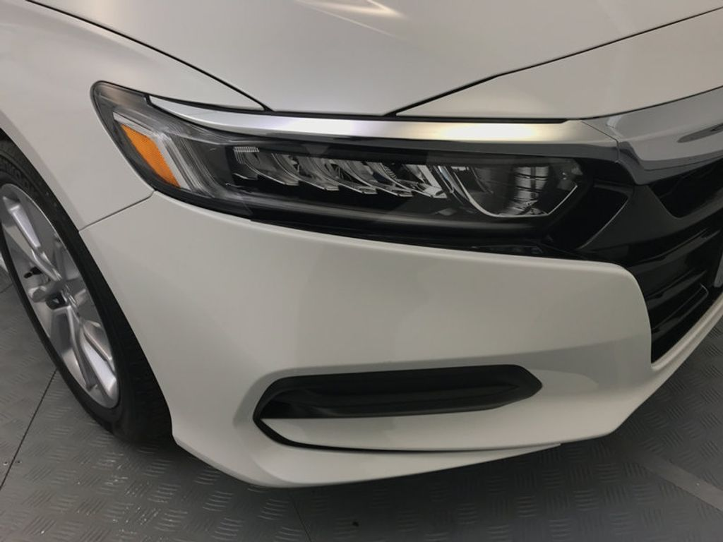 2018 Honda Accord Sedan LX CVT - 17138241 - 14