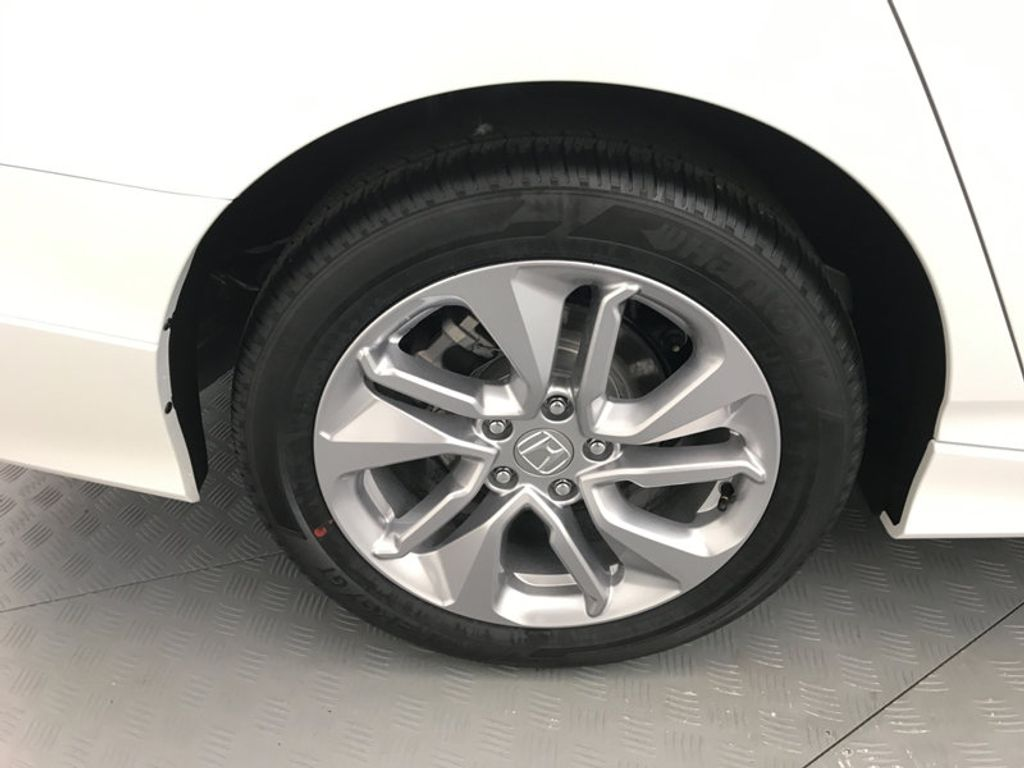 2018 Honda Accord Sedan LX CVT - 17138241 - 15