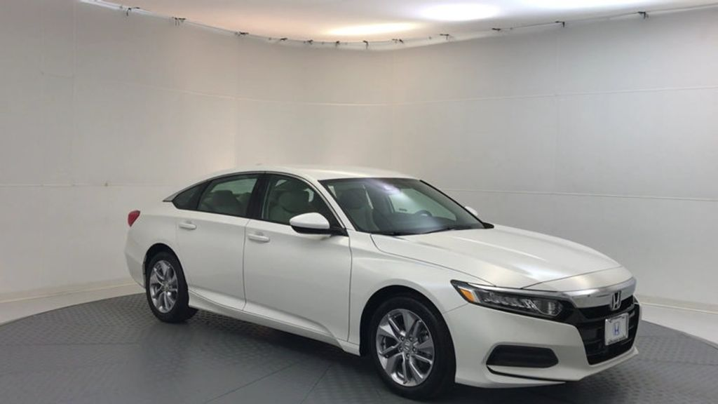 2018 Honda Accord Sedan LX CVT - 17138241 - 1