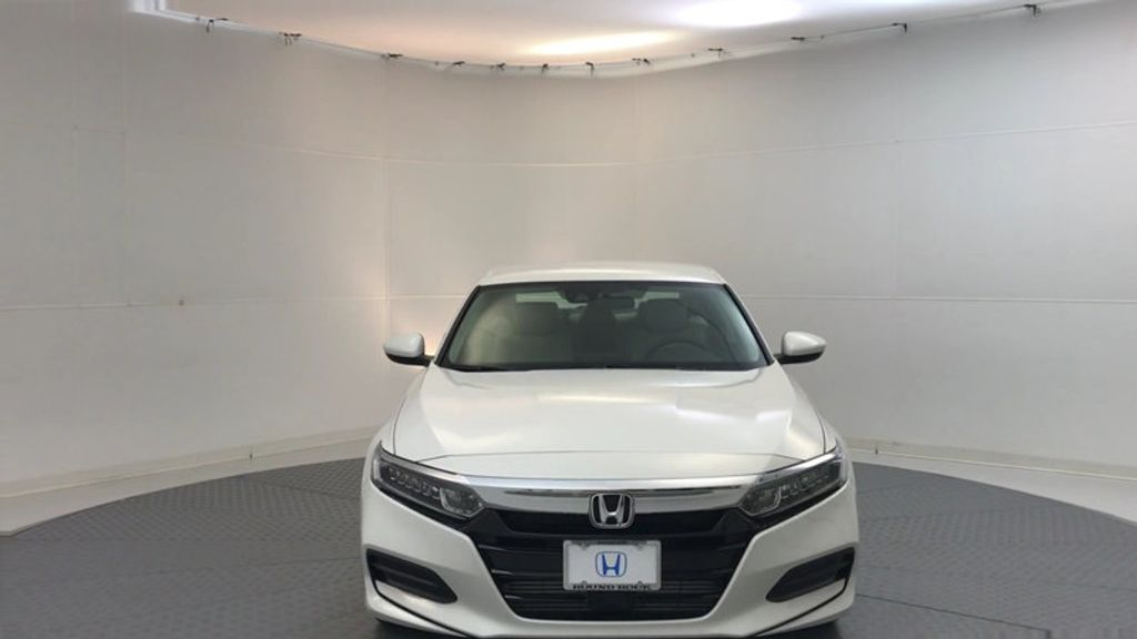 2018 Honda Accord Sedan LX CVT - 17138241 - 2