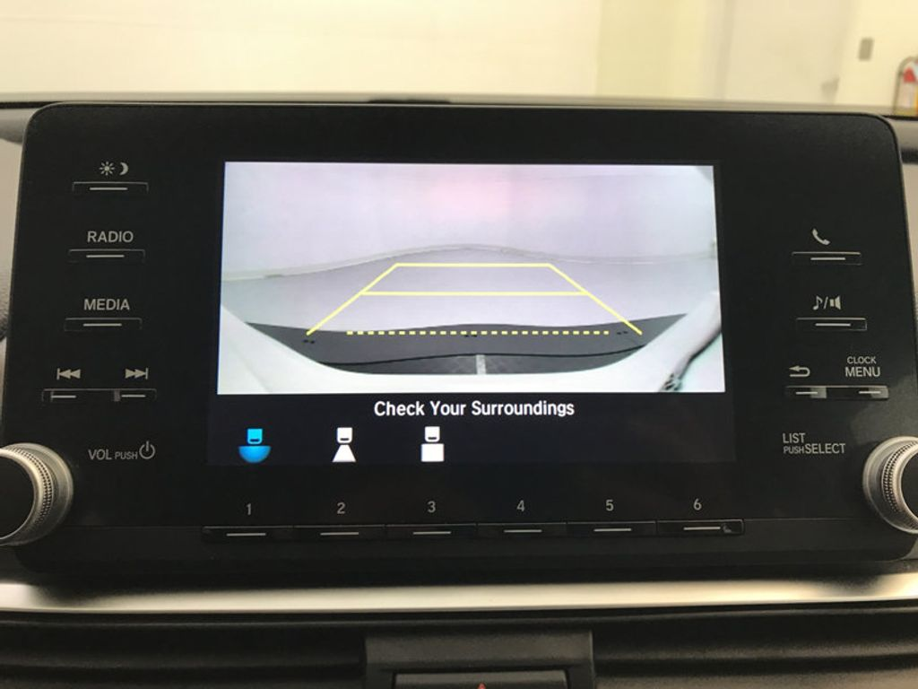 2018 Honda Accord Sedan LX CVT - 17138241 - 34