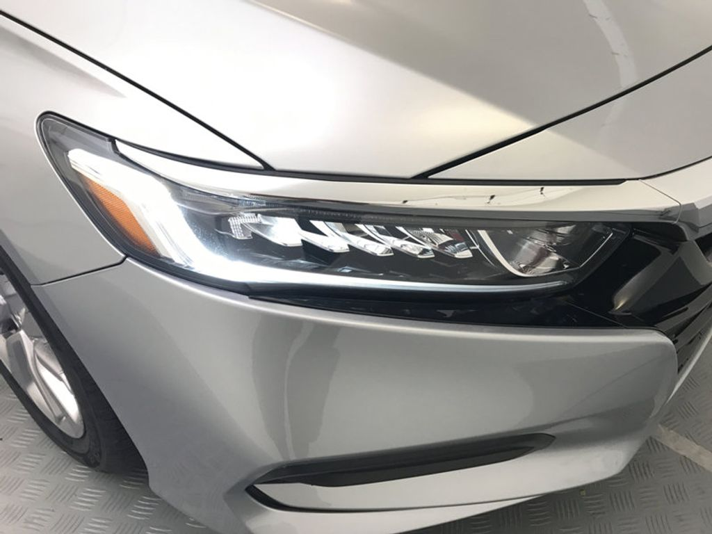 2018 Honda Accord Sedan LX CVT - 17261875 - 14