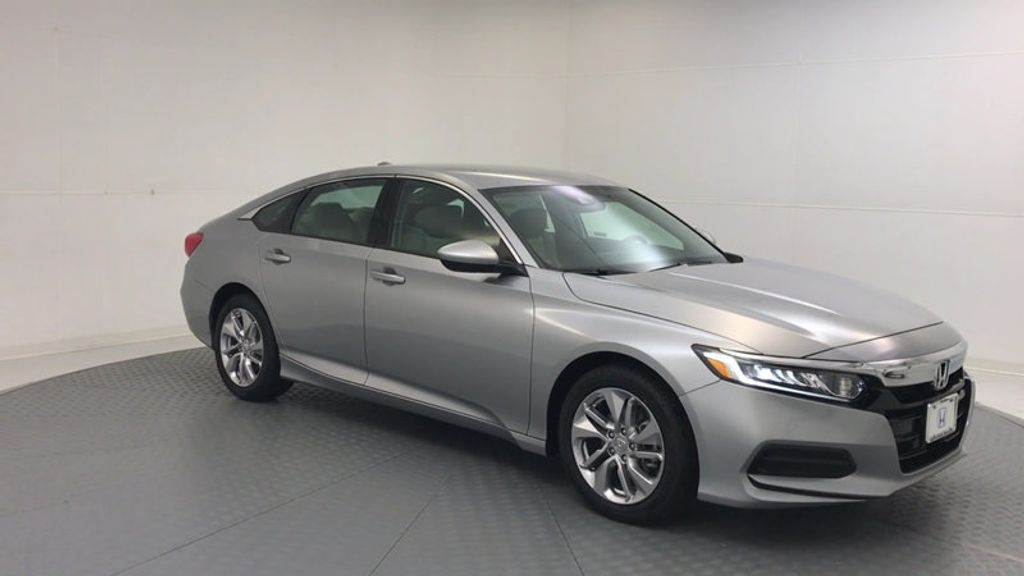 2018 Honda Accord Sedan LX CVT - 17261875 - 1