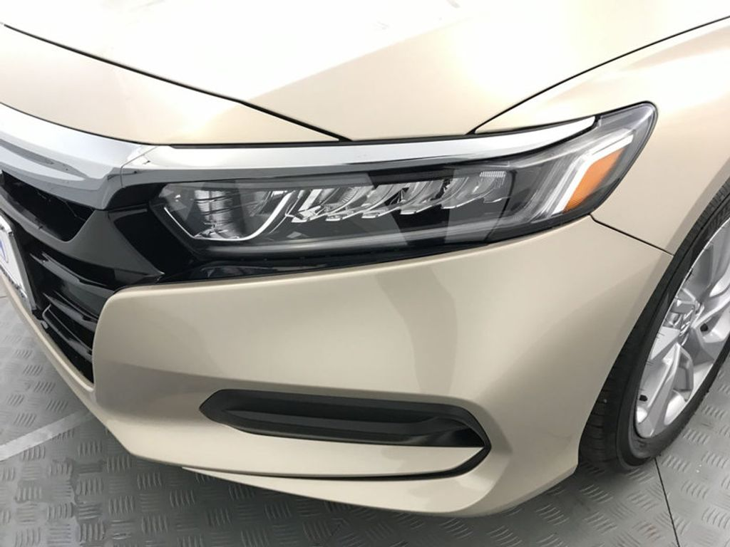 2018 Honda Accord Sedan LX CVT - 17415171 - 9