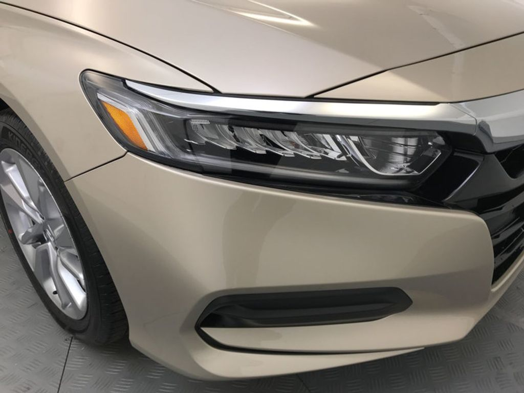 2018 Honda Accord Sedan LX CVT - 17415171 - 14