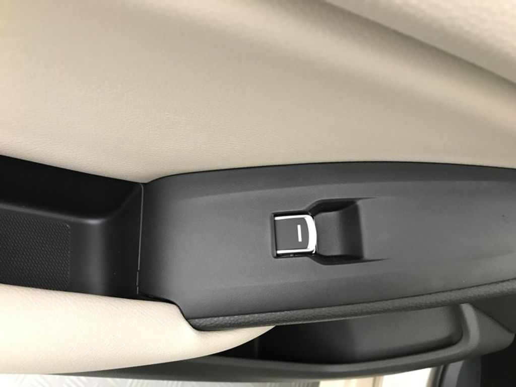 2018 Honda Accord Sedan LX CVT - 17415171 - 22