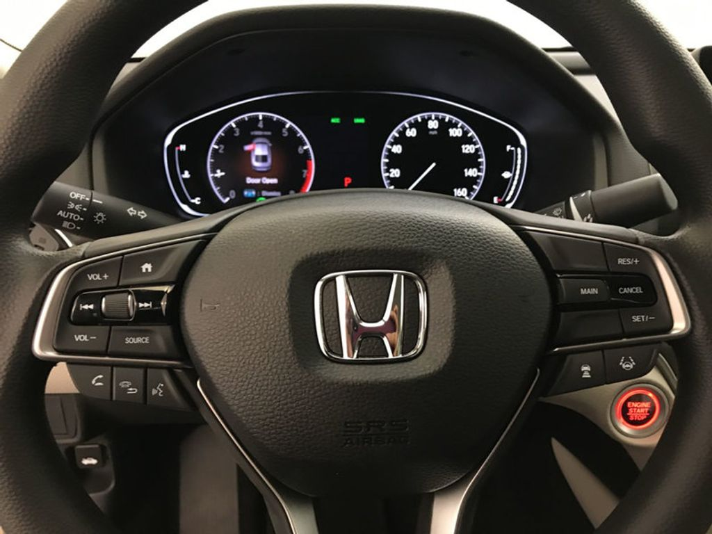 2018 Honda Accord Sedan LX CVT - 17415171 - 31