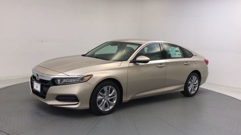 2018 Honda Accord Sedan LX CVT - 17415171 - 3
