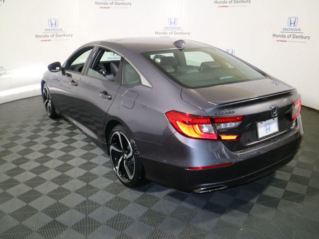 2018 Honda Accord Sedan Sport 2.0T Automatic - 17356437 - 4