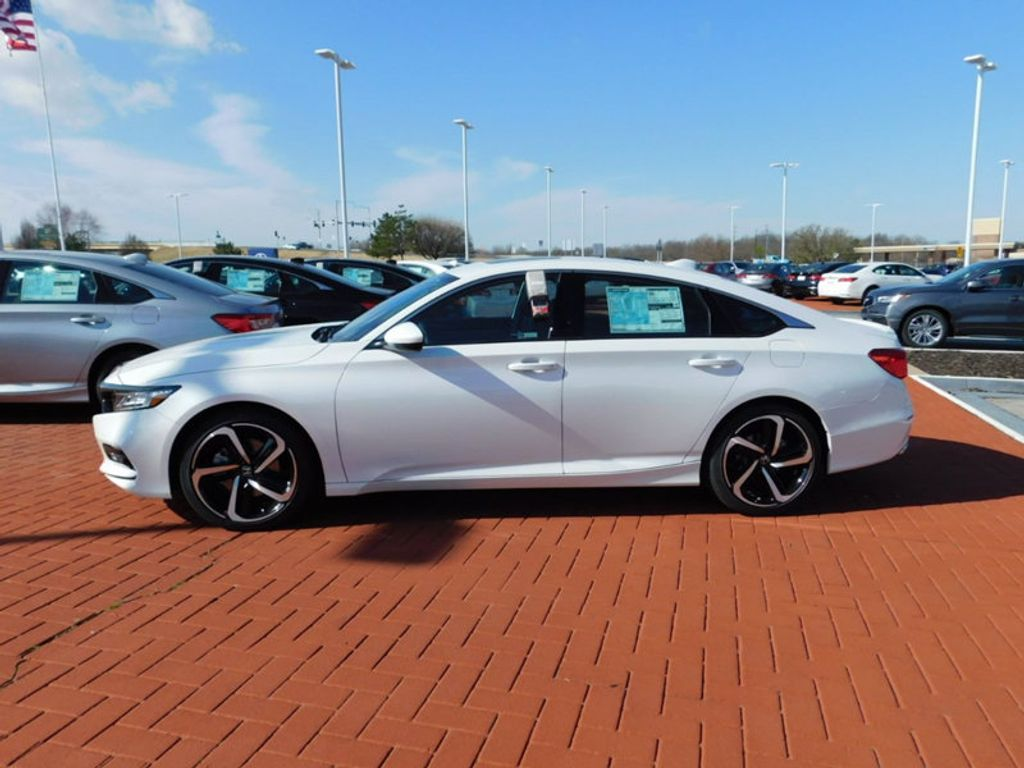 2018 Honda Accord Sedan Sport 2.0T Automatic - 17452944 - 1