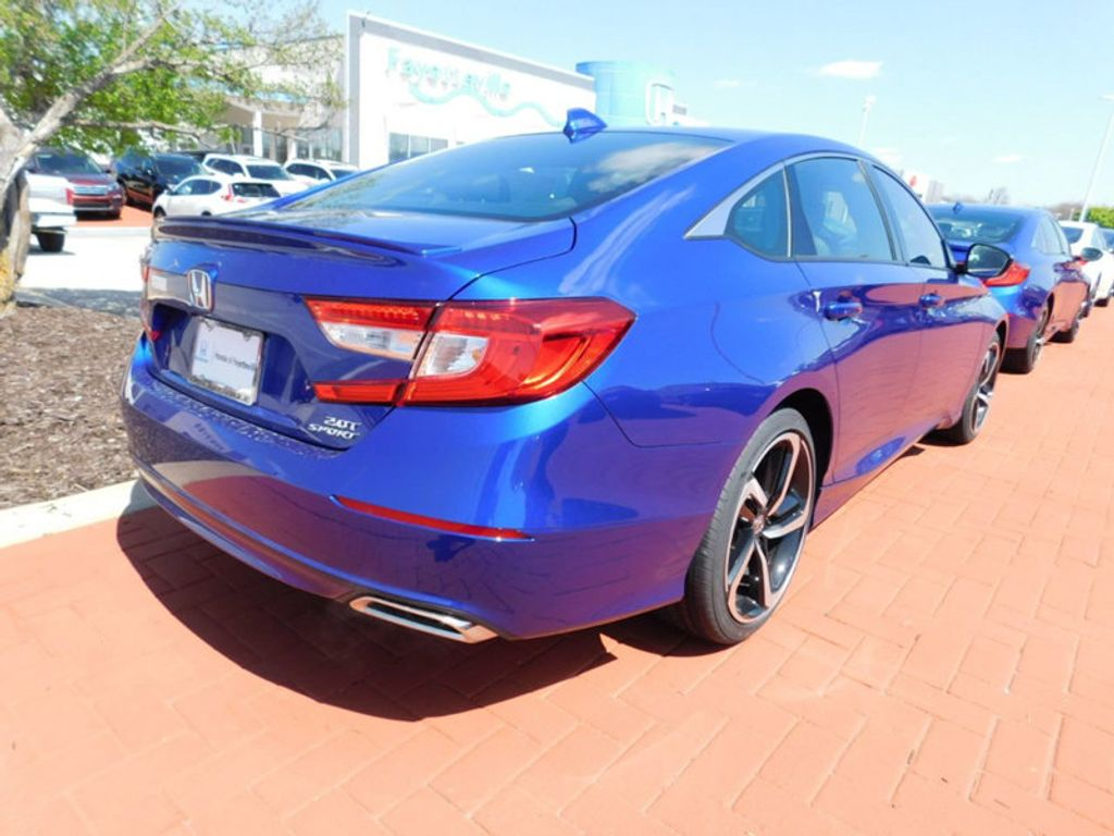 2018 Honda Accord Sedan Sport 2.0T Automatic - 17489338 - 2