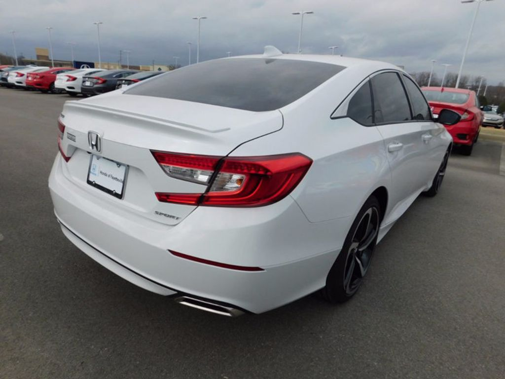 2018 Honda Accord Sedan Sport CVT - 17086975 - 2