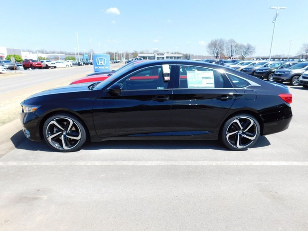 2018 Honda Accord Sedan Sport CVT - 17498666 - 1