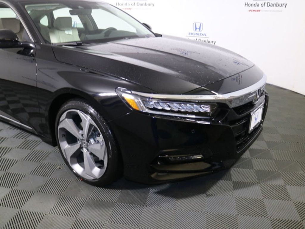 2018 Honda Accord Sedan Touring 2.0T Automatic - 17602521 - 1